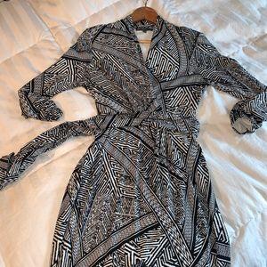 EUC - Adrianna Papell Wrap Dress - sz 10